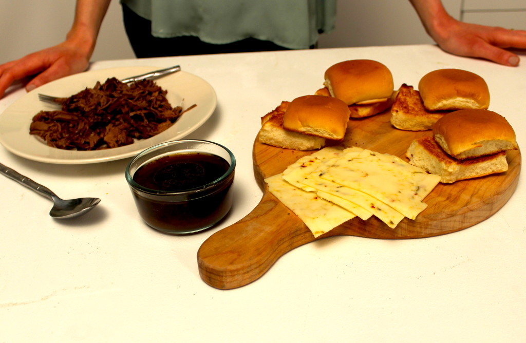 Hormel roast beef au jus makes it easy to create your sliders!